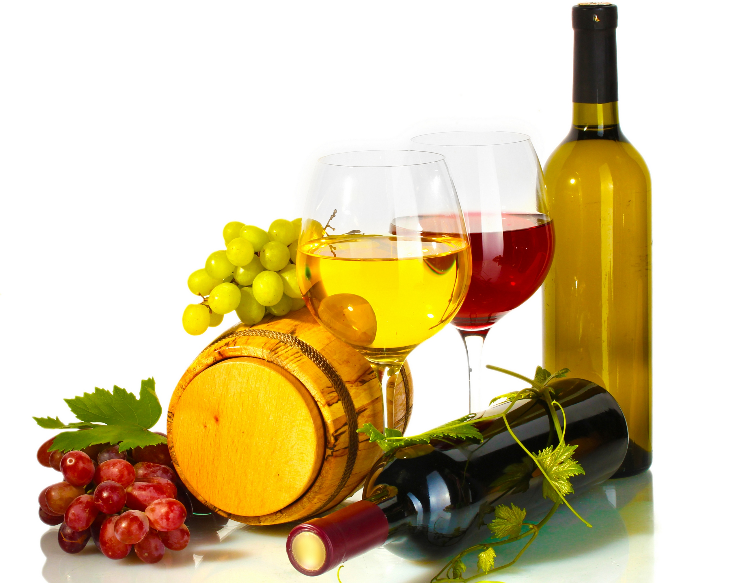 Download A Glass Of Wine In Good Company wallpaper