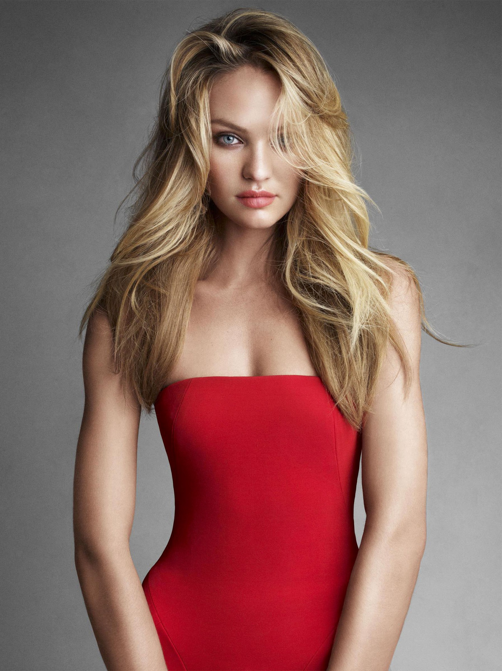 Candice Swanepoel – Vogue Magazine Photoshoot Wallpaper