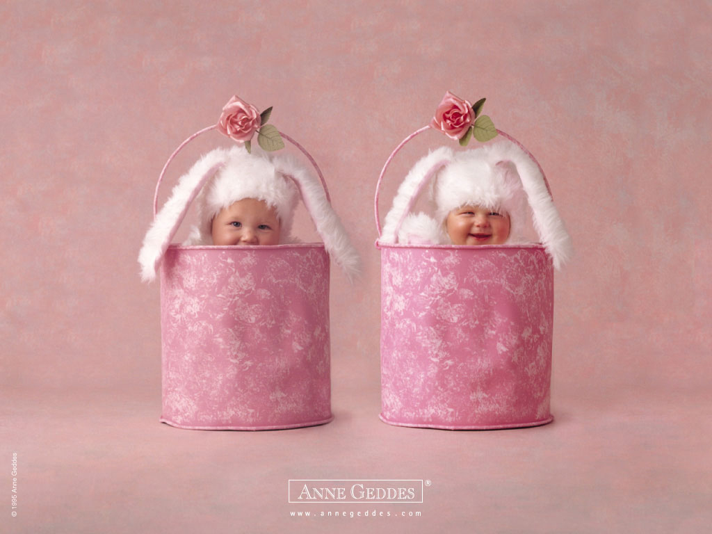 Home Baby Wallpaper Baby Wallpaper In The Pink Bucket Wallpaper