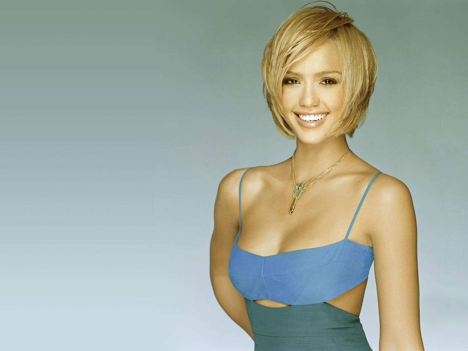 Jessica Alba HQ Wallpaper   HD Wallpapers   Widescreen Wallpapers Wallpaper