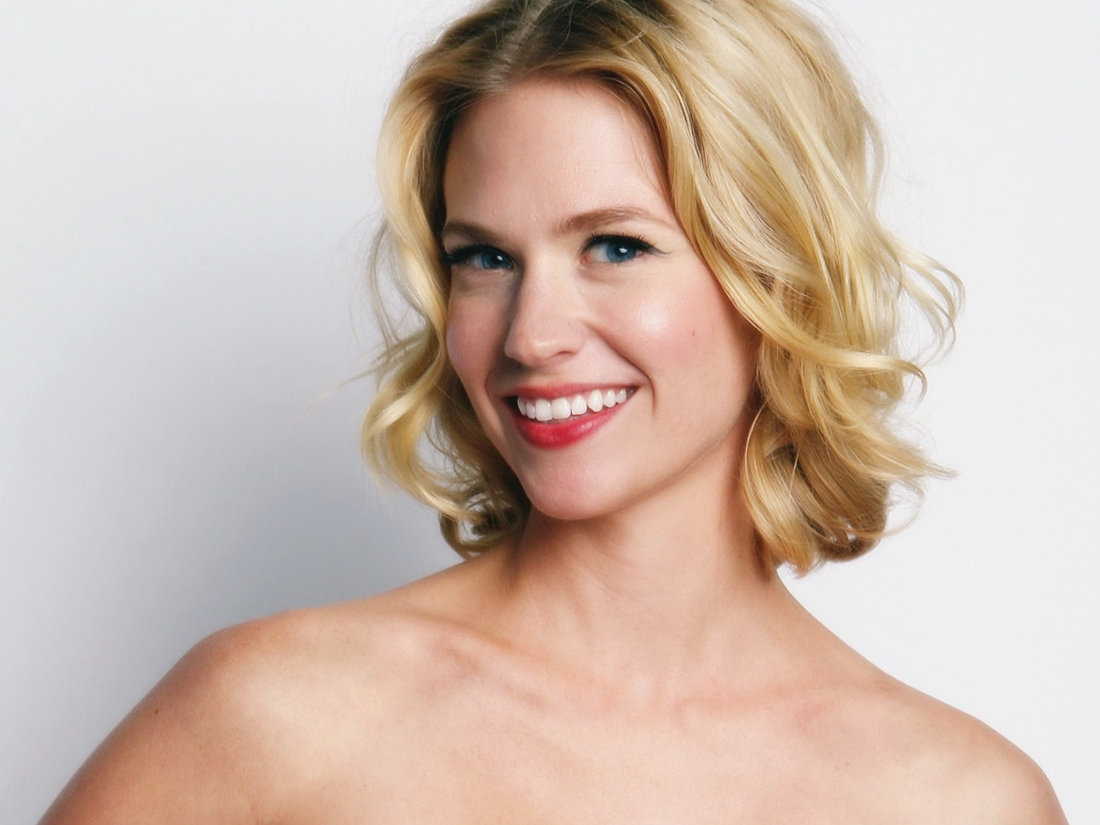 /AAAAAAAAEuM/A4zDwiRCJl4/s1600/january Jones Mad Men A9dc0 Wallpaper