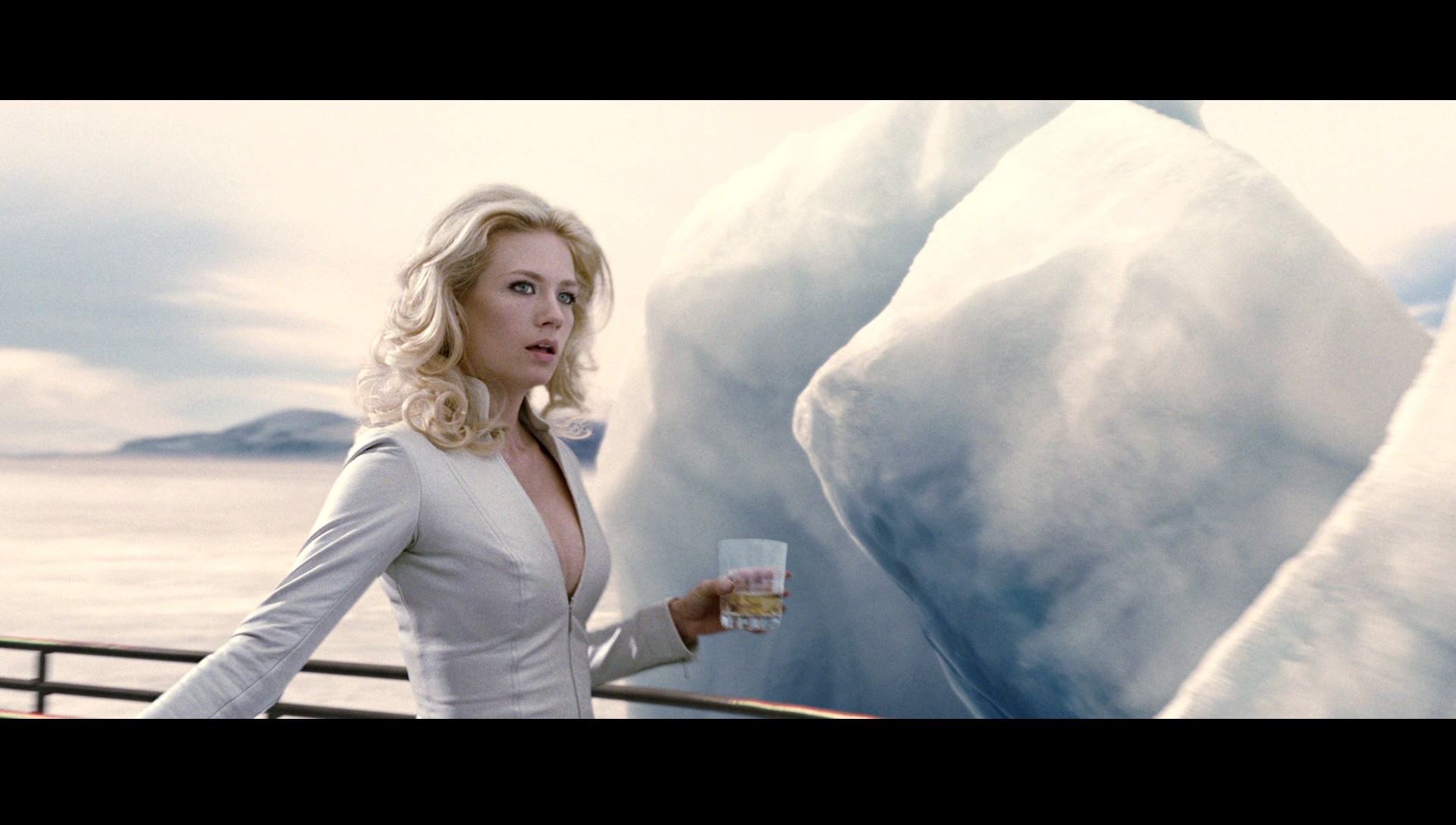 January Jones In X Men: First Class Wallpaper
