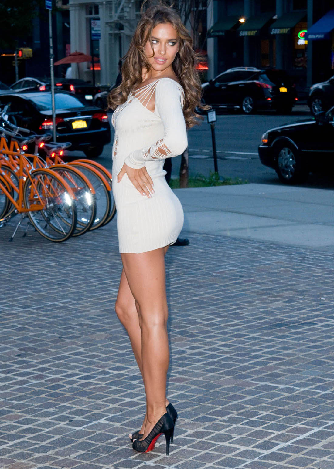 Irina Shayk Is Curvy With Gorgeous Legs In A Short Revealing Dress And Wallpaper