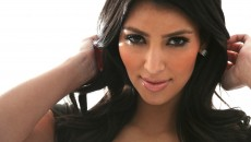 Kim Kardashian HD Wallpaper 1920x1080