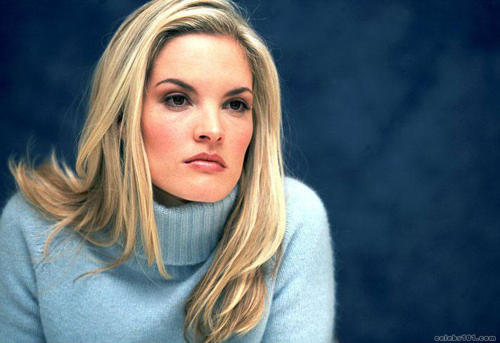 Bridgette Wilson  Photos  hd wallpaper Wallpaper