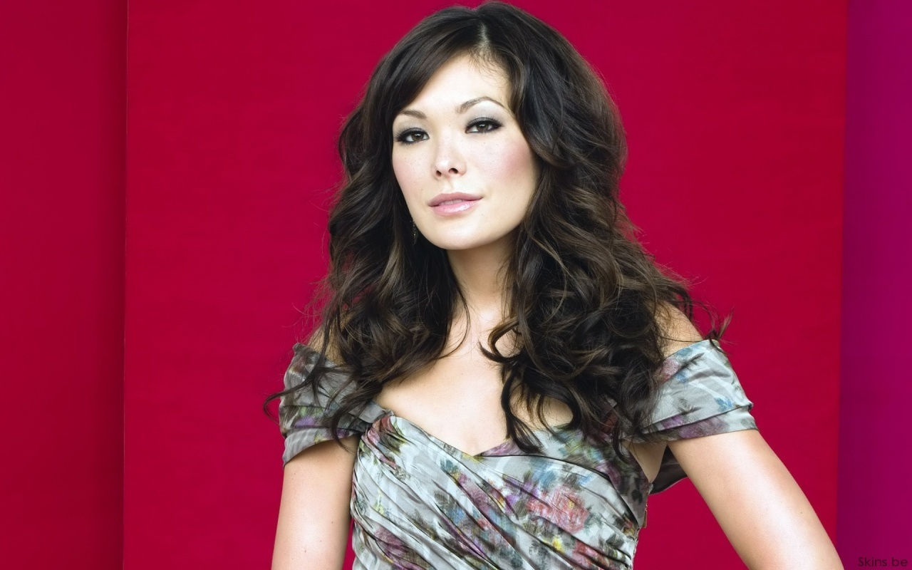 Lindsay Price HD Desktop Wallpaper Wallpaper