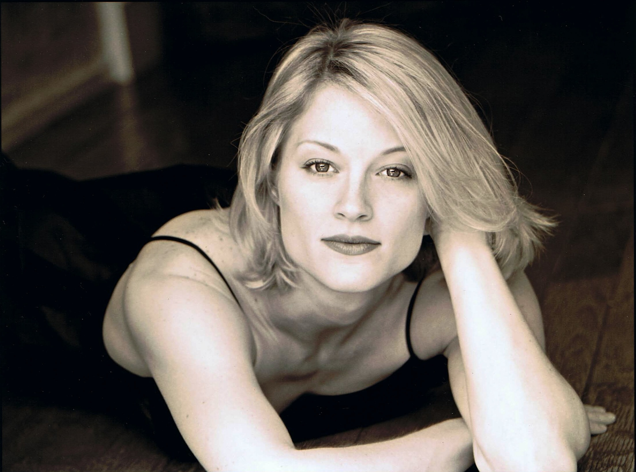New Amazing Teri Polo hd wallpaper Wallpaper