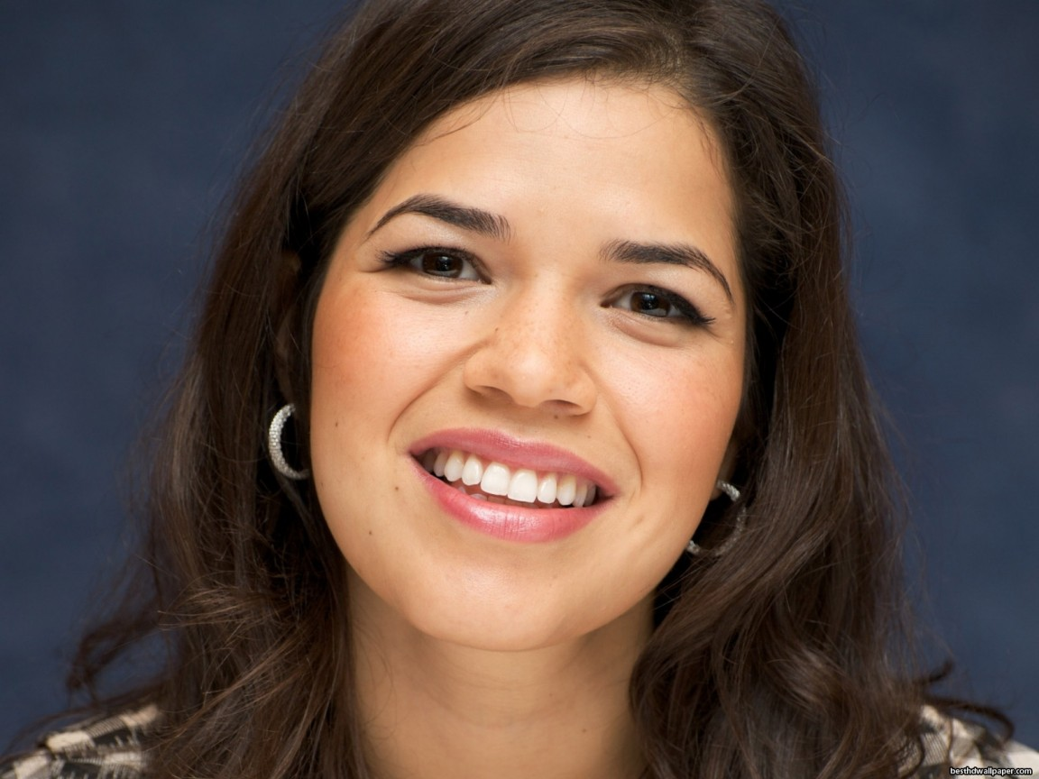 America Ferrera Best Hd Wallpaper Wallpaper