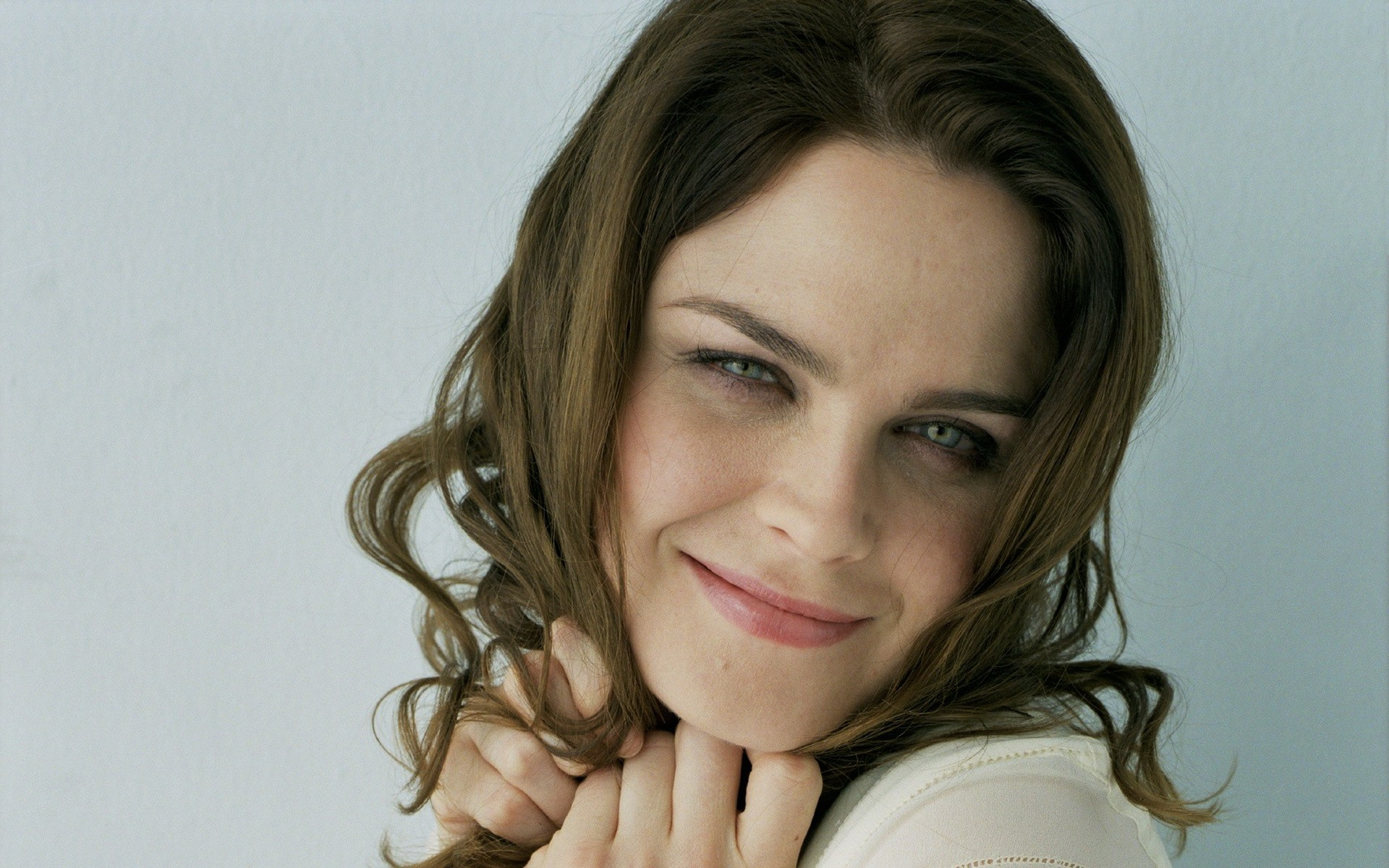 Emily Deschanel wallpaper HD Wallpaper