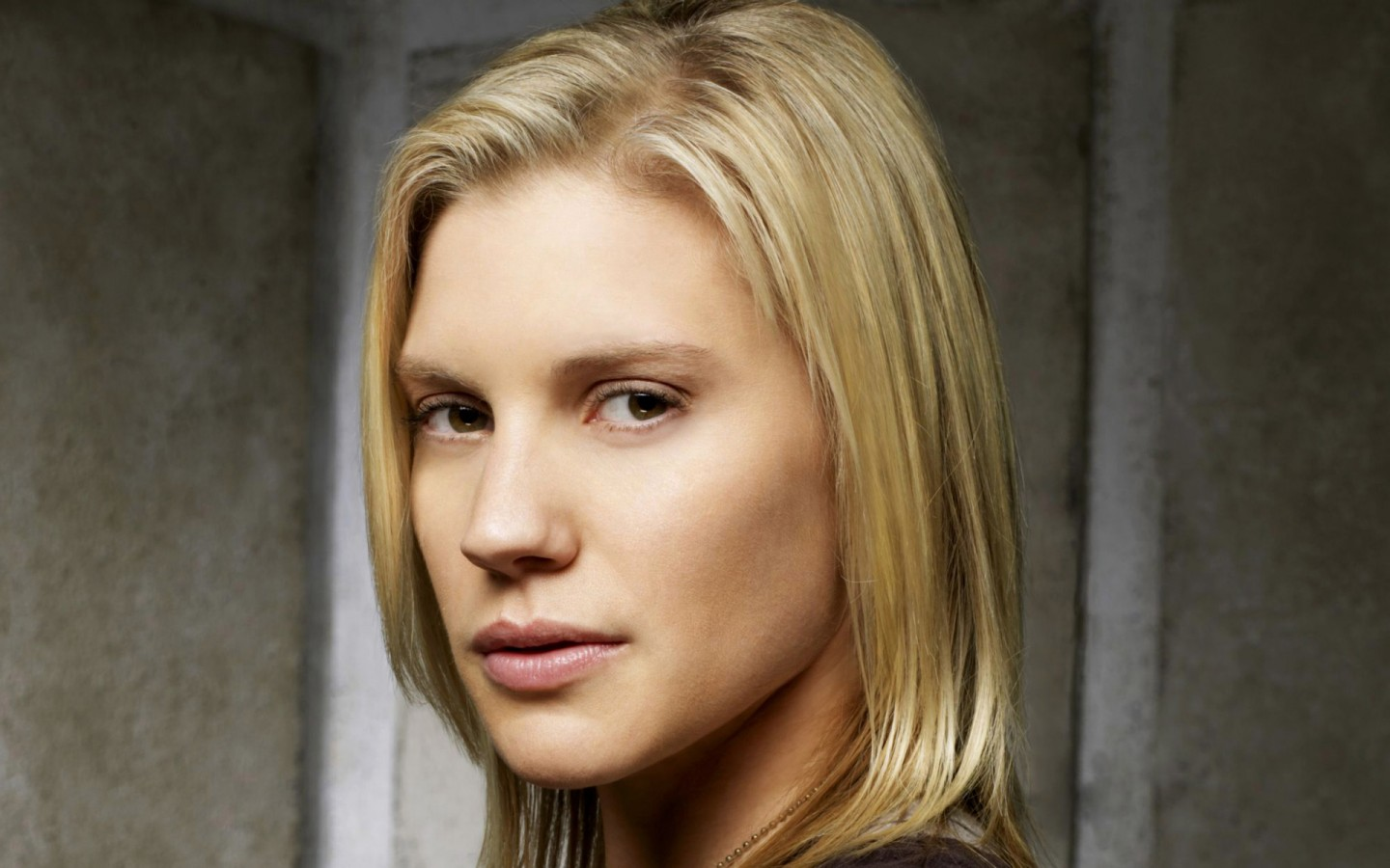 Katee Sackhoff  hd wallpaper Wallpaper