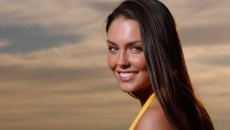 taylor cole smile face and long hair style
