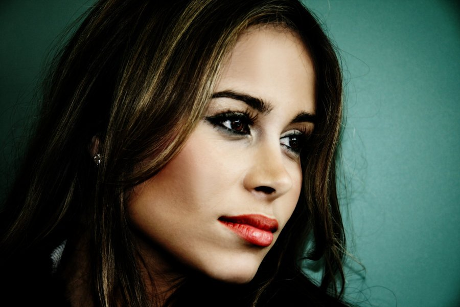 Zulay Henao Hot HD Wallpaper Wallpaper
