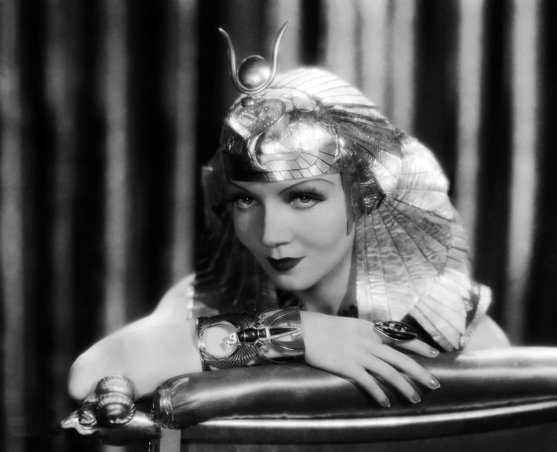 Fresh Claudette Colbert  Wallpaper HD Wallpaper