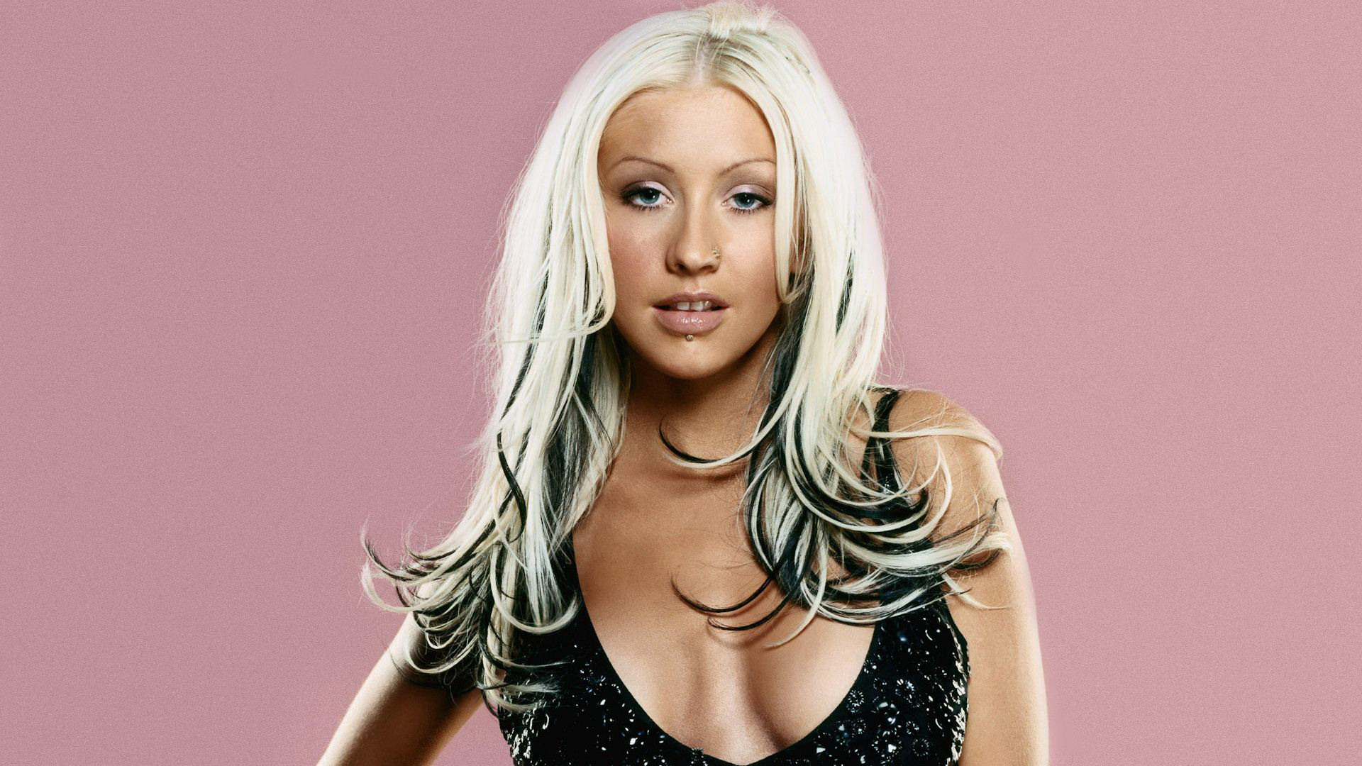 Christina Aguilera  hd wallpaper Wallpaper