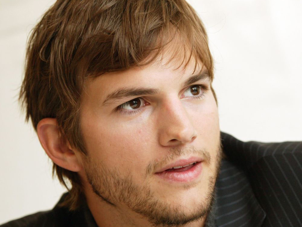 Ashton Kutcher hd wallpaper Wallpaper