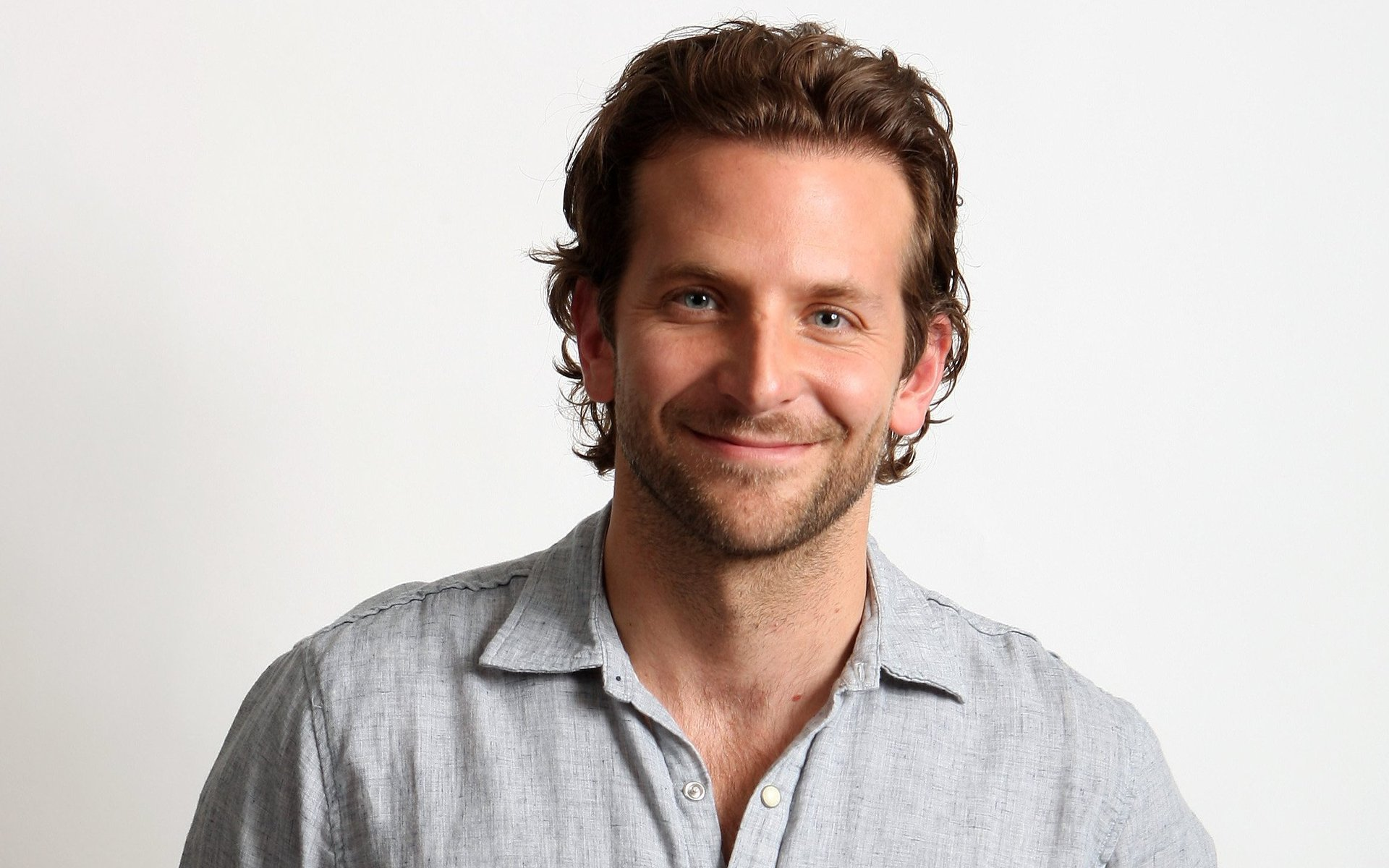 Bradley Cooper hd wallpaper Wallpaper