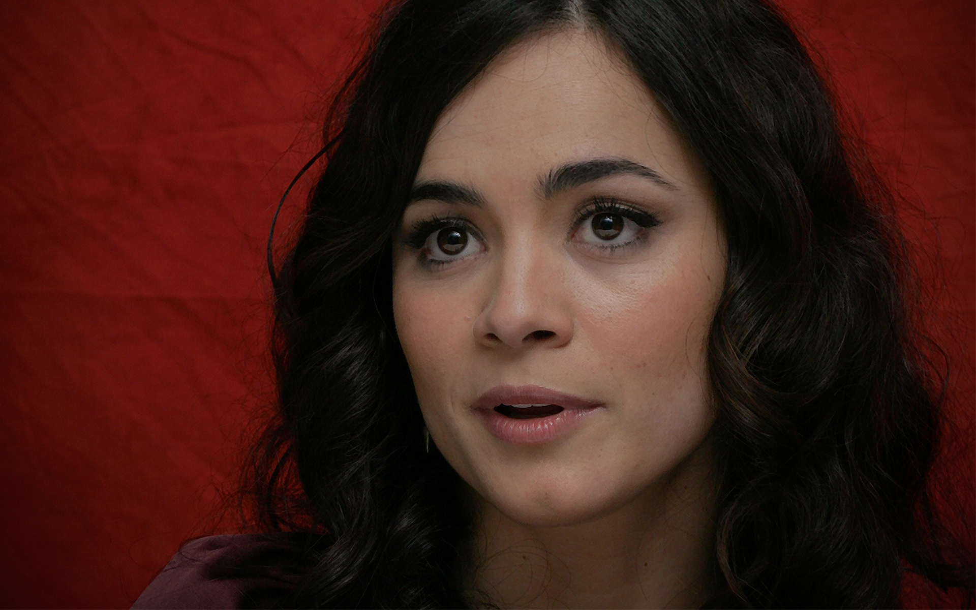 Alice Braga  hd wallpaper Wallpaper