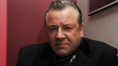 "Ray Winstone states Northern Ireland is ""probably the safest place"