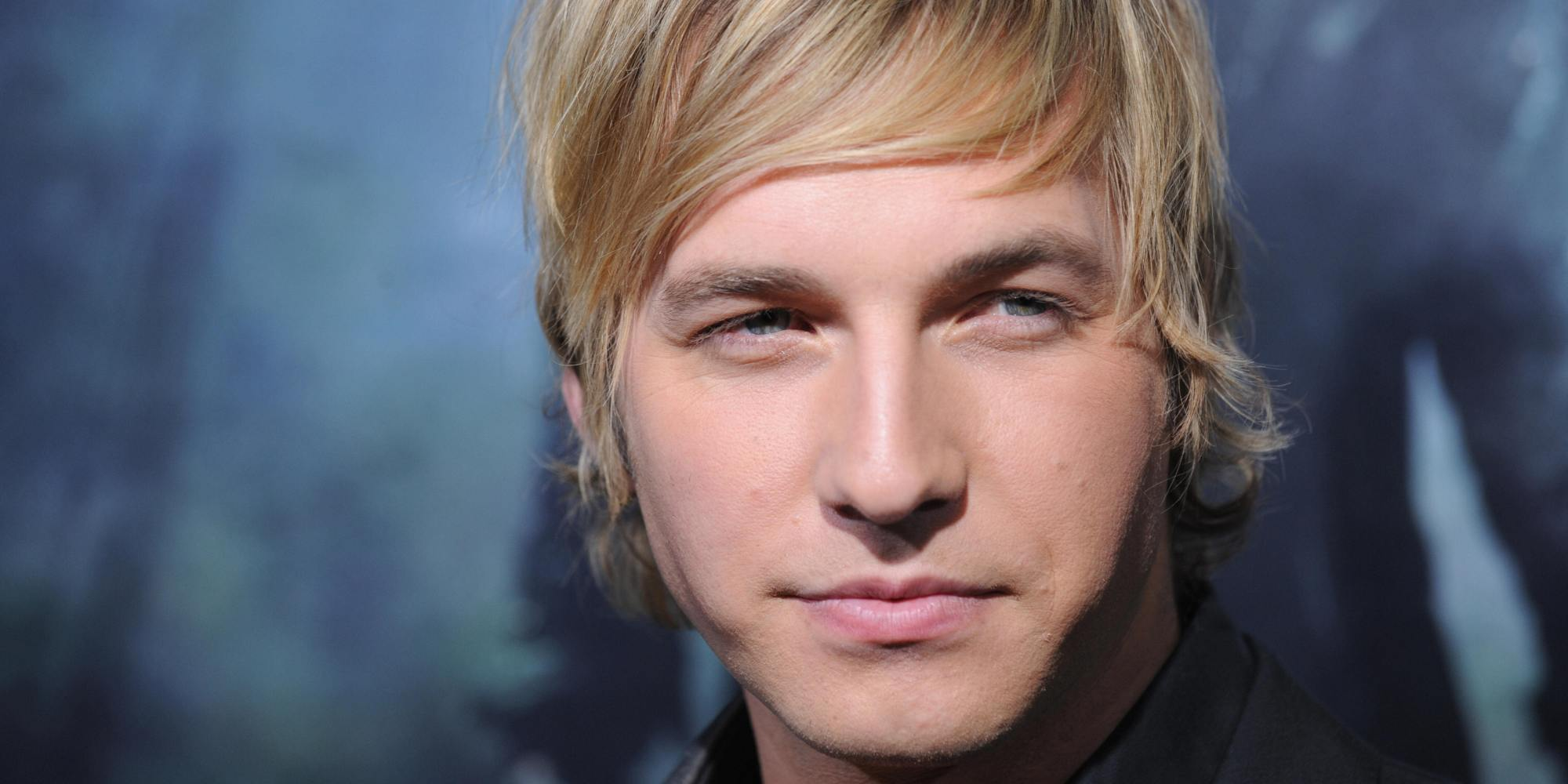 Good Quality Ryan Hansen HD Wallpaper Wallpaper