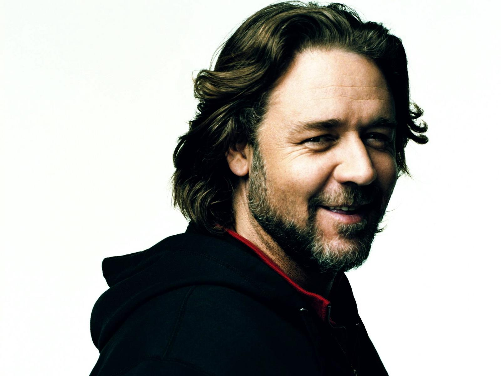 Russell Crowe New Photoshoot HD Wallpaper Wallpaper
