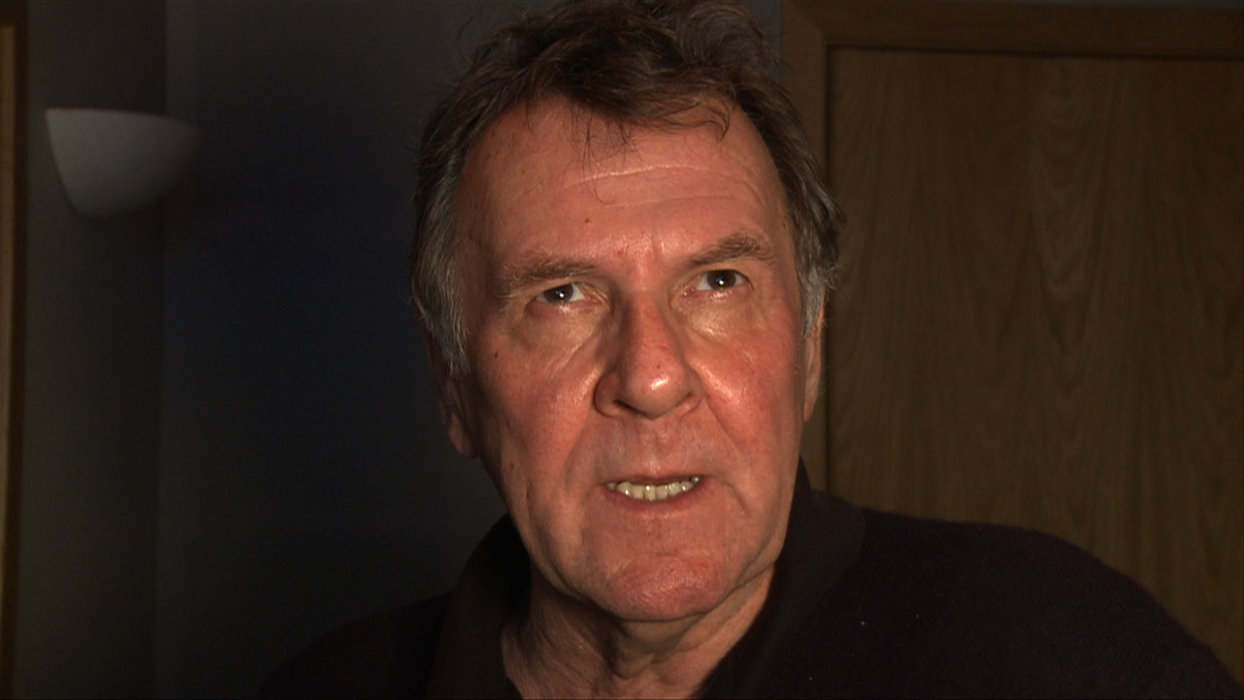 Tom Wilkinson  hd wallpaper Wallpaper