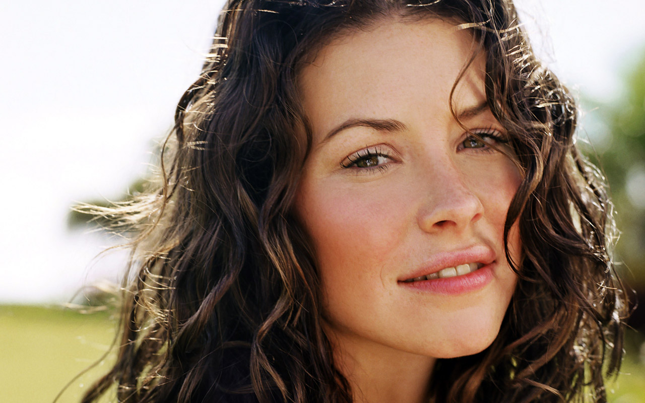 Evangeline Lilly HD Wallpapers Wallpaper