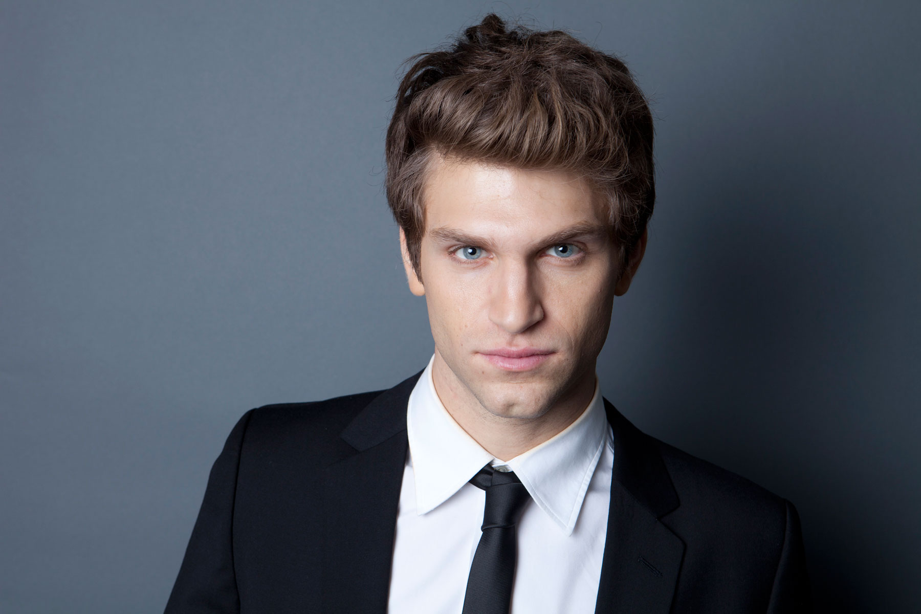 Keegan Allen Handsome HD Wallpapers Wallpaper