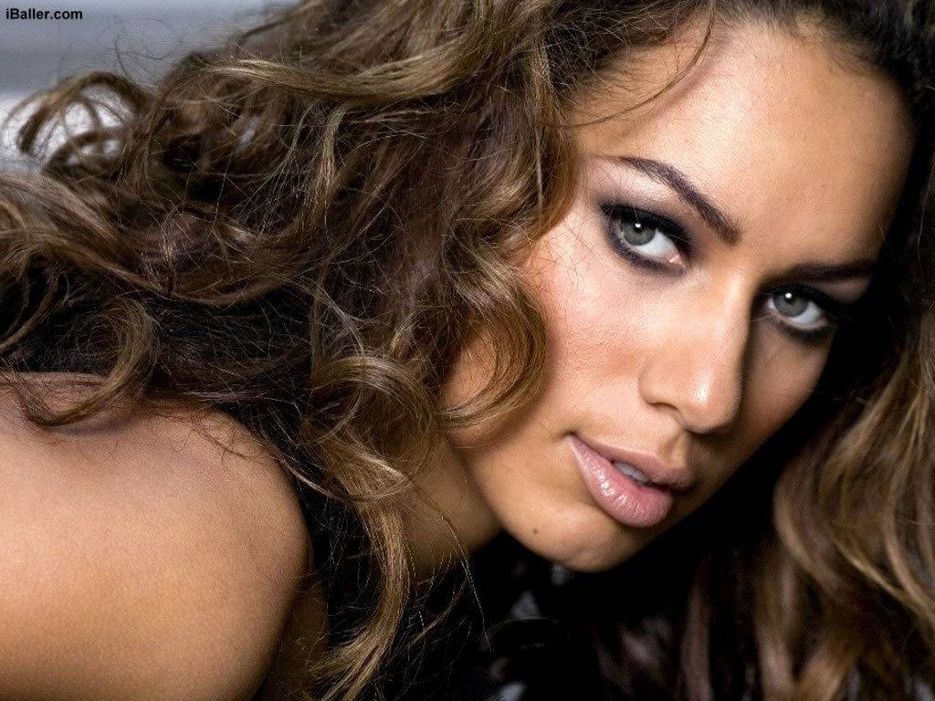 New Leona Lewis  for HD Desktop Wallpaper Wallpaper