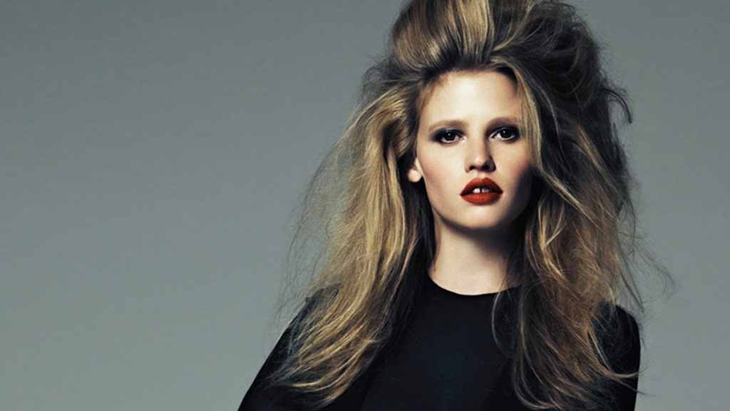 Model Lara Stone HD Wallpaper Wallpaper