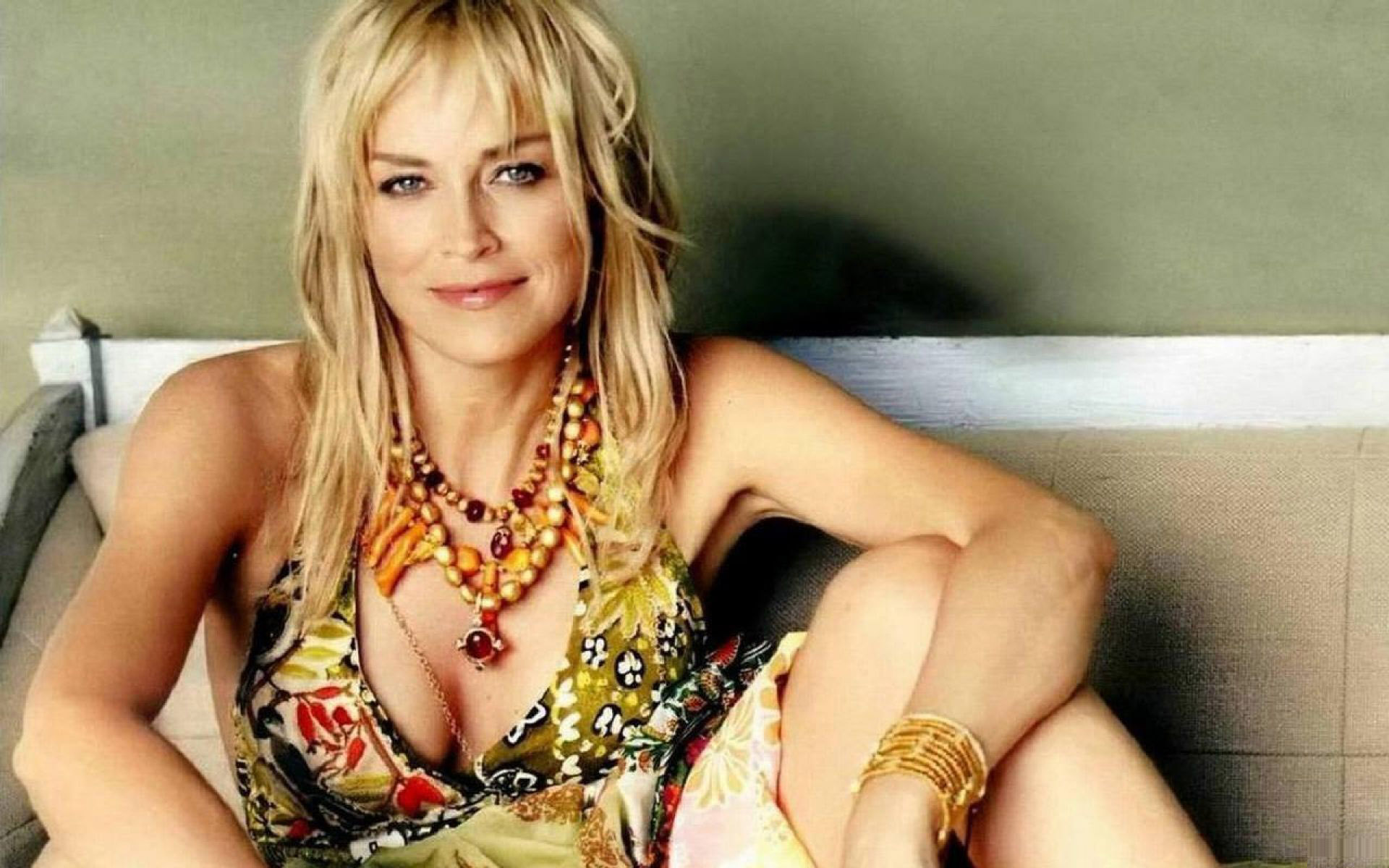 Fresh Sharon Stone   Wallpaper HD Wallpaper