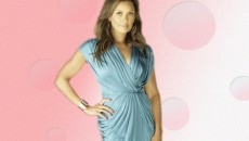 actress Vanessa L Williams cute wallpaper with pink background