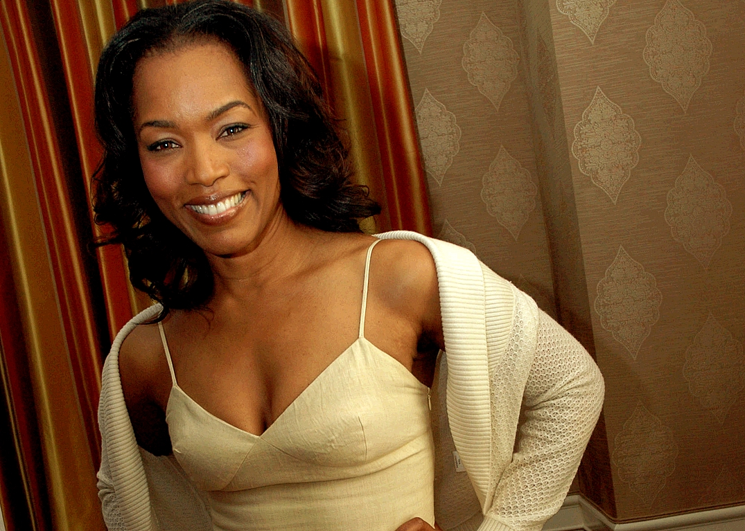 Good Quality Angela Bassett  HD Wallpaper Wallpaper