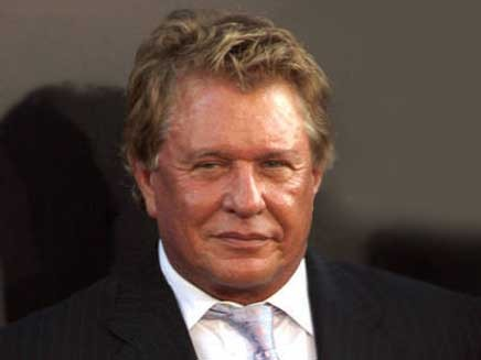 New Tom Berenger for HD Desktop Wallpaper Wallpaper