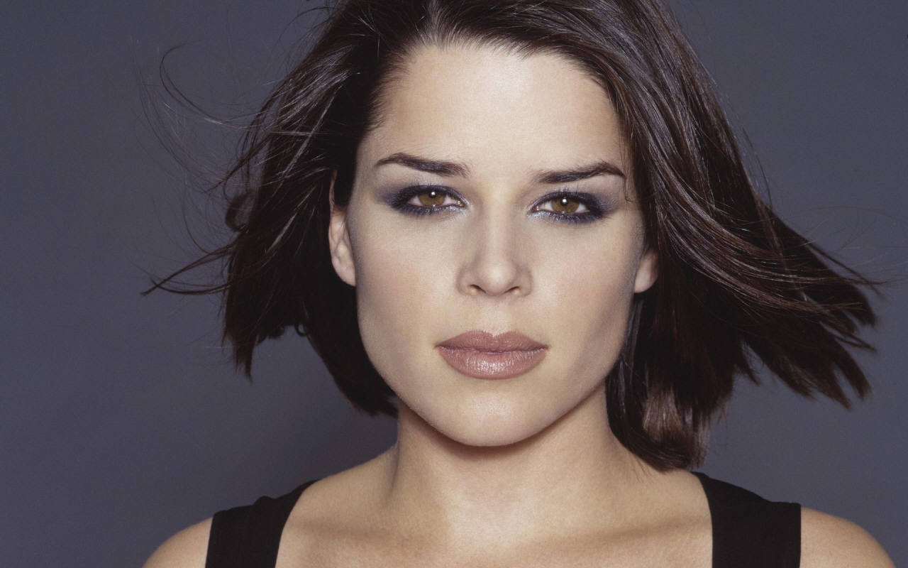 Neve Campbell New Photoshoot HD Wallpaper Wallpaper