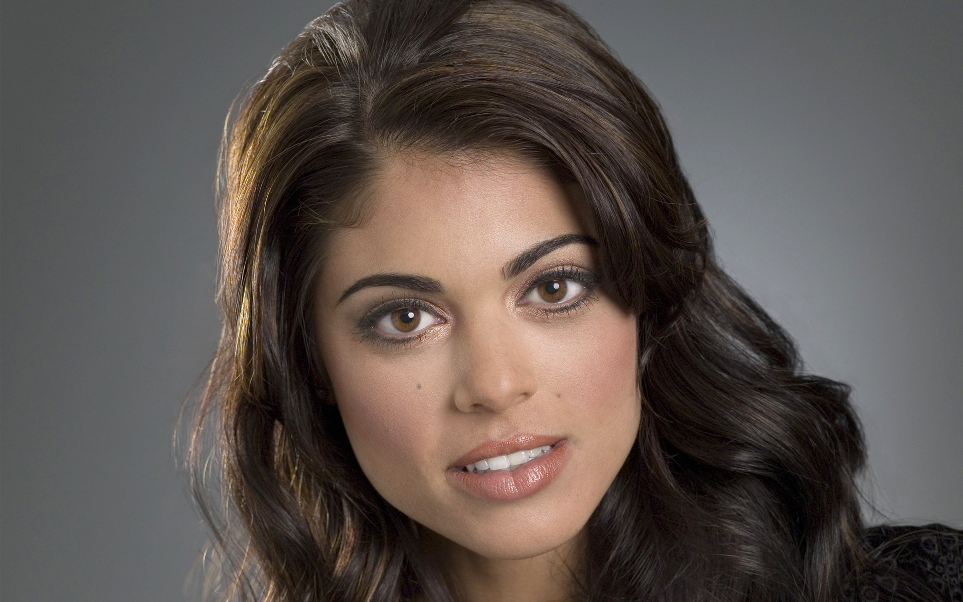 Good Quality Lindsay Hartley HD Wallpaper Wallpaper