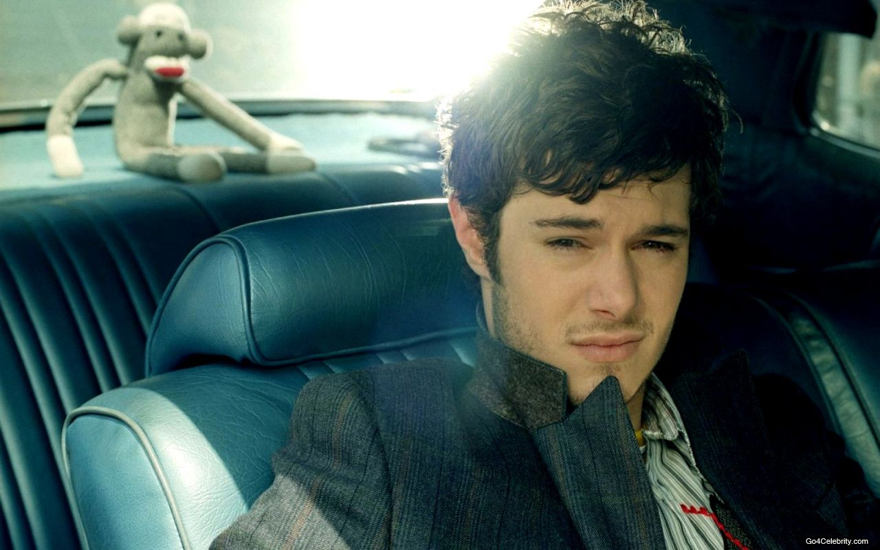 Adam Brody HD Wallpaper Download Wallpaper
