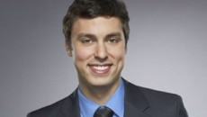 John Francis Daley (as Dr. Lance Sweets