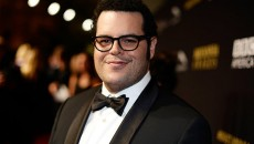 Josh Gad attends the 2014 BAFTA Los Angeles Jaguar Britannia Awards