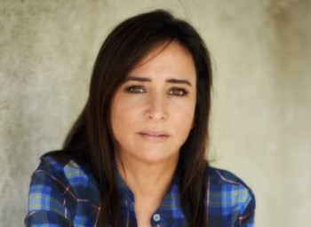 GOOD QUALITY PAMELA ADLON HD WALLPAPER Wallpaper